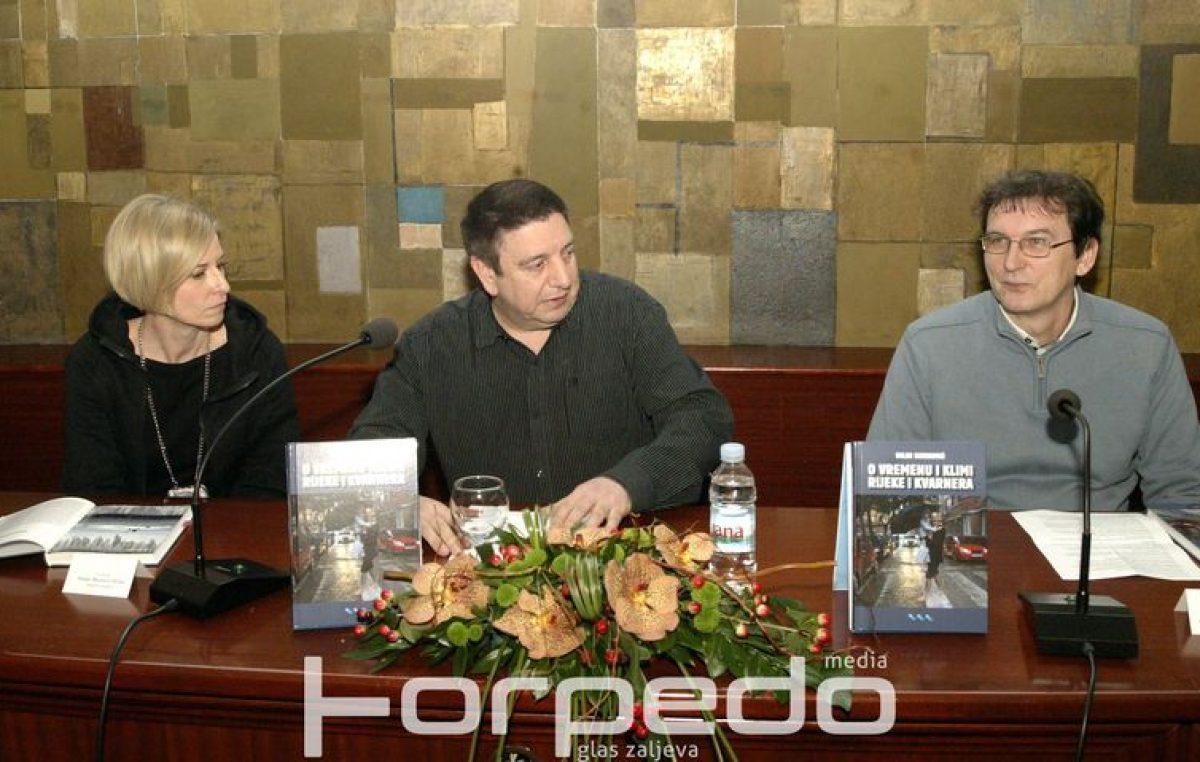 FOTO Vječna riječka tema ukoričena pod perom vrsnog autora – Predstavljena Sijerkovićeva knjiga o vremenu Rijeke i Kvarnera