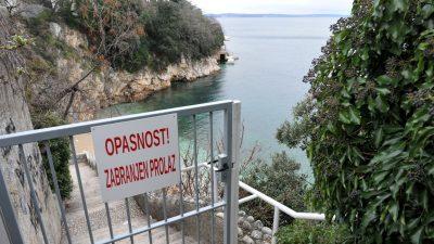 Pristup plaži Sablićevo zabranjen zbog opasnosti od odrona – Uskoro kreće sanacija