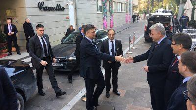 Župan Komadina se umjesto s premijerom sastao s ministrom gospodarstva Darkom Horvatom