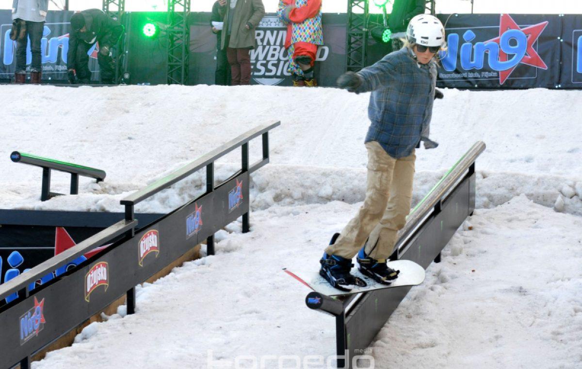 FOTO/VIDEO Snowboard korak do mora – Atraktivni letovi 'ridera' na 11. Carnival Snowboard Sessionu oduševili Riječane