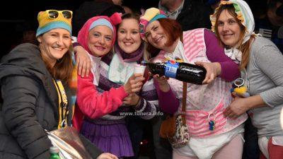 Ove subote održavaju se maškarani tanci na Vežici: 'Da pjevati i plesati bude fora, pobrinut će se grupa Aurora'