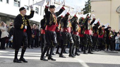 Kolom svetog Tripuna Hrvatska bratovština Bokeljske mornarice obilježila blagdan sv. Tripuna