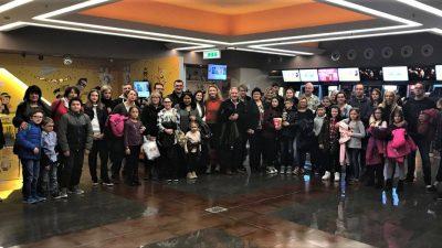 Udomiteljske obitelji provele emotivan dan – Cinestar im darovao posebnu projekciju filma 'Instant obitelj'