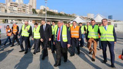 Premijer Plenković obišao velike projekte u riječkoj luci i bolnici