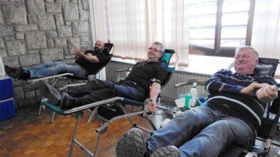 U Policijskom domu u Rijeci jučer je održana akcija akcija dobrovoljnog darivanja krvi