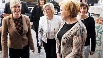 FOTO Predsjednica Grabar-Kitarović posjetila Prvu riječku hrvatsku gimnaziju