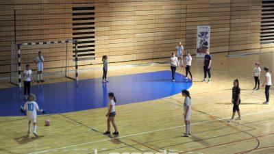 FOTO U sklopu projekta Ri Move riječkim su osnovnoškolcima predstavljeni loptači sportovi