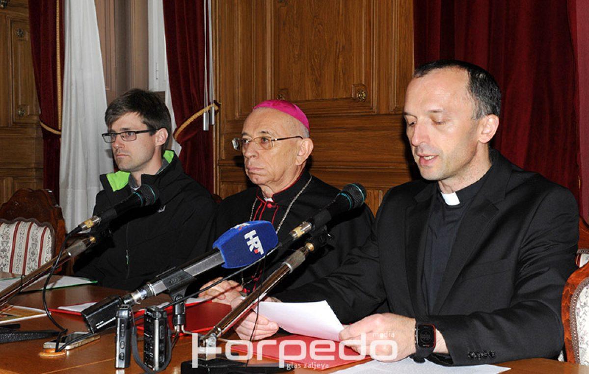 """Uskršnja poruka nadbiskupa Devčića: """"U svakom čovjeku gledajmo brata, a ne njegovu rasu i ideologiju"""""""