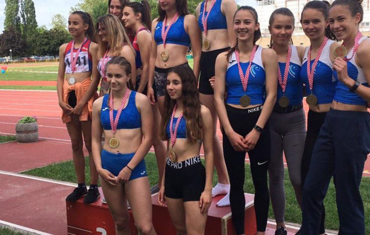 Atletičari Kvarnera na PH u štafetama osvojili dvije brončane medalje