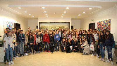 Sudionici Erasmus+ projekta posjetili gradsku upravu i predstavili projekt o važnosti doručka kod učenika