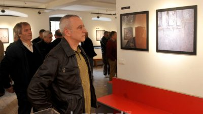 VIDEO Posebna slika industrijske Rijeke: Velid Đekić predstavio se izložbom fotografija Crni znoj