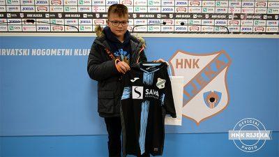 VIDEO Razgovor s Davidom Ljubojevićem, najmlađim dobitnikom dresa u nagradnoj igri HNK Rijeka