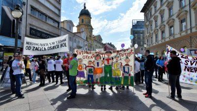 Hod za život okupio brojne građane: ' Život je dar, to nije samo mamina i tatina stvar'