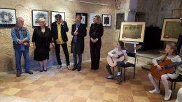 Izložbom Dijalozi započelo obilježavanje ovogodišnje Jelenine te izložbenog programa 28. Kastafskog kulturnog leta