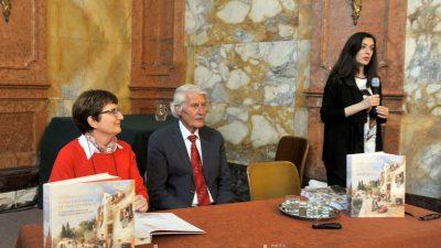 FOTO Fascinantna dvojezična monografija Istra i Kvarner očima stranaca predstavljena danas u Rijeci