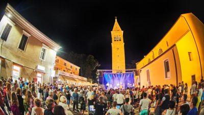 Piazza Grande Music Nights na Velikom trgu @ Novigrad