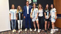 VIDEO HNK Rijeka predstavio nove garniture dresova za predstojeću sezonu