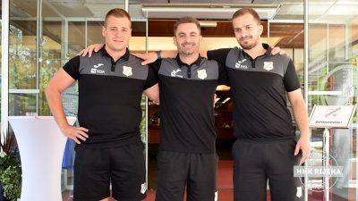 VIDEO Marin Polonijo novi je glavni fizioterapeut NK Rijeka – Upoznajte članove ekipe koja stalno brine o nogometašima