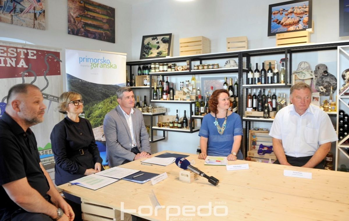 Primorsko – goranska županija i Sveučilište u Rijeci nastavljaju suradnju na očuvanju autohtonih vinskih sorti Kvarnera