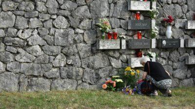 Komemoracija podhumskim žrtvama fašizma – kamik kot opomena zavavik