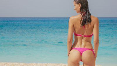Dugo, toplo ljeto u novim 'krpicama': Najtraženiji kupaći kostimi sa sniženja