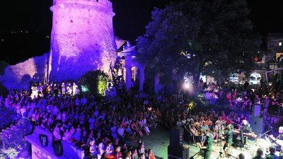 Izvrsnim koncertom Marko Tolja oduševio ispunjenu Trsatsku gradinu