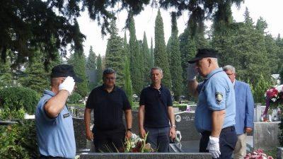 U OKU KAMERE Polaganjem cvijeća obilježena godišnjica pogiblje riječkog branitelja Marina Jakominića