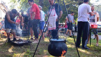 FOTO Klana je četiri dana feštala u znaku Rokove – Tradicionalna fešta zaključena uz kotlić i klapu Intriga