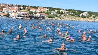 """VIDEO/FOTO 109. maraton Šilo – Crikvenica: More """"kuhalo"""" od plivača"""