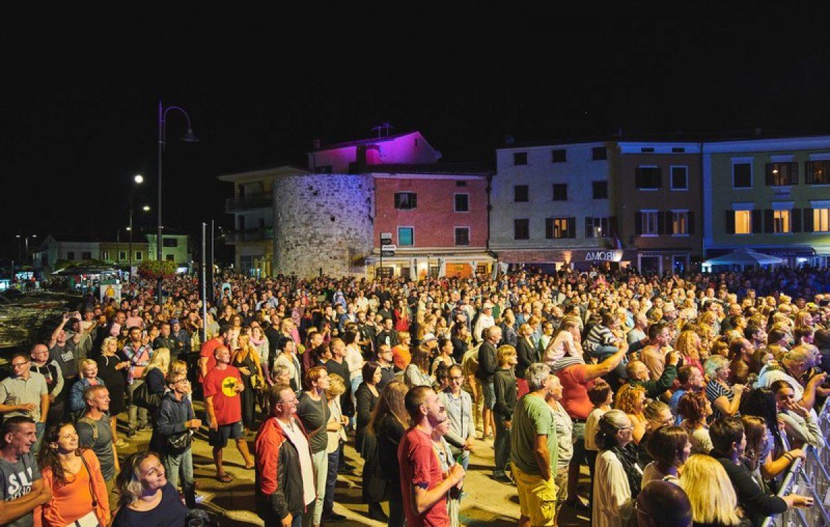 Kolovoz ispunjen događanjima za sve ukuse i generacije – Nastavlja se bogato i sadržajno ljeto u Novigradu