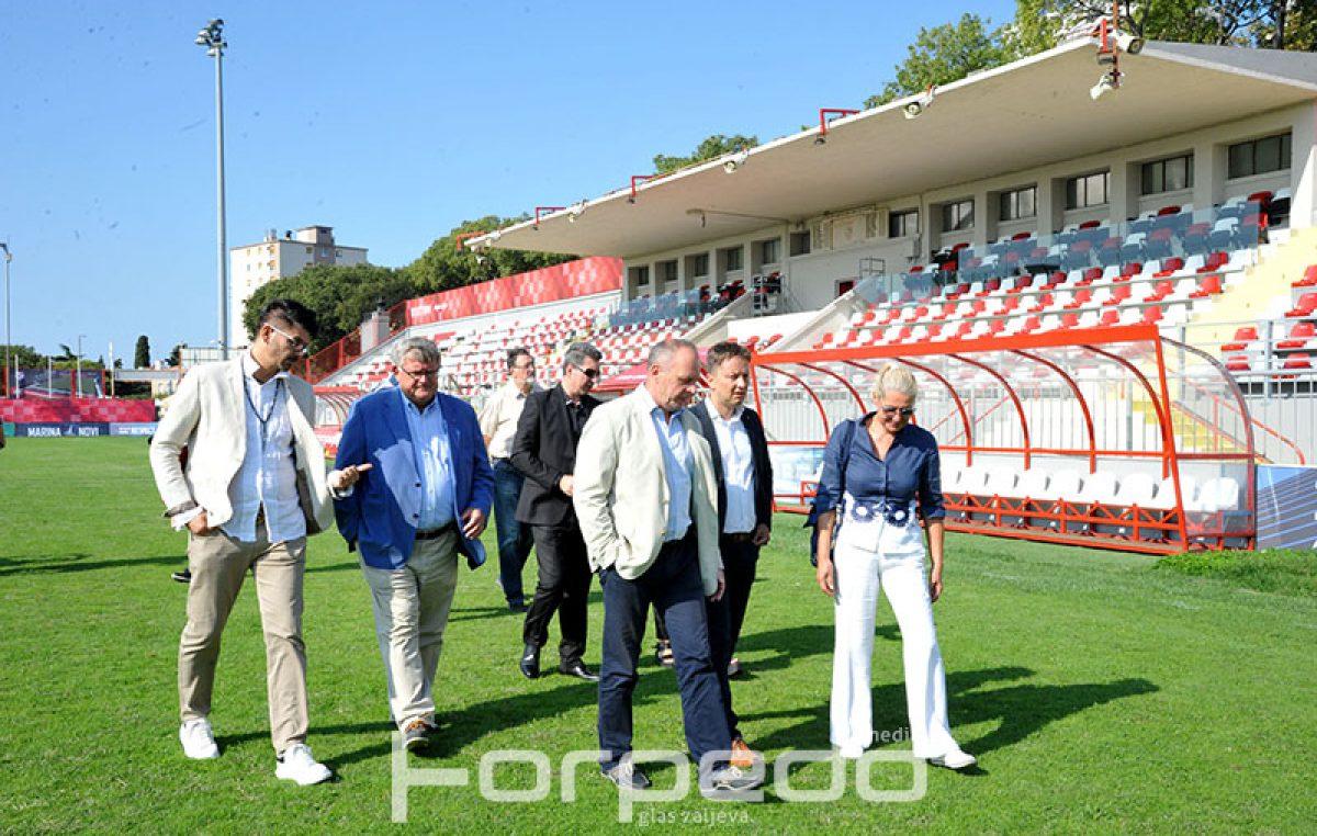 FOTO Delegacija grada Rijeke obišla obnovljen stadion na Krimeji