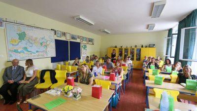 Krenula edukacija prosvjetnih radnika za rad s darovitim učenicima