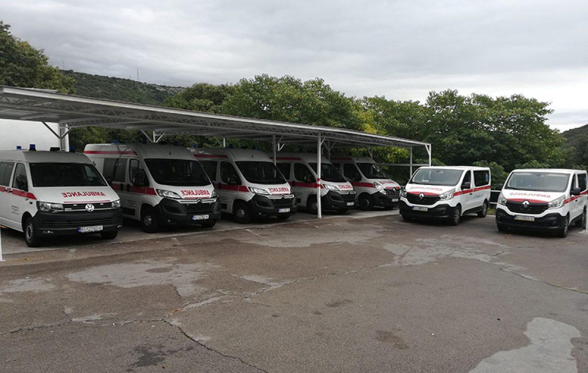 Dom zdravlja Primorsko-goranske županije nabavio 7 novih kombi vozila za sanitetski prijevoz