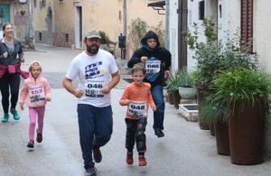 FOTO 2. EFRI humanitarna trail utrka okupila 180 trkača na Kastvu
