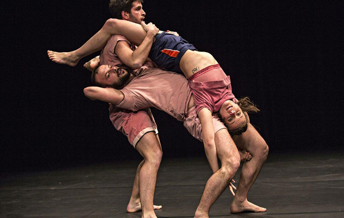 Znoj, aerobik i dobri beatovi – predstava Collectifa ÈS Jean-Yves, Patrick & Corinne ove subote u HKD-u