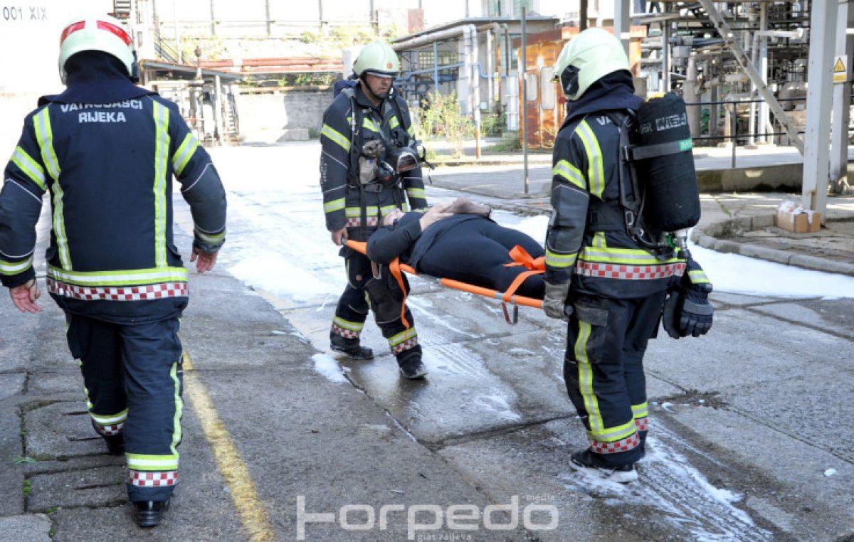 FOTO Dan kada je Mlaka 'spašena' od eksplozije – Vježba spašavanja okupila dvjestotinjak članova Civilne zaštite
