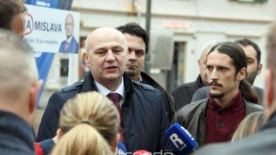 Kolakušić na Korzu predstavio program i tražio podršku: 'Hrvatska je u iznimno teškoj situaciji'