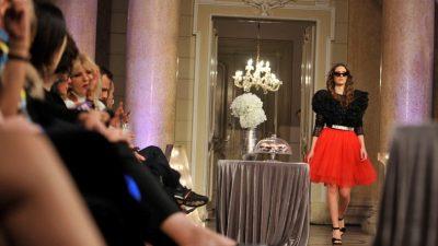 FOTO/VIDEO Večer mode u povijesnom zdanju – Guvernerova palača postala je modna pista uz reviju Extravagant Gala