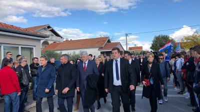 Čelnici PGŽ na komemoraciji u Škabrnji odali počast nevinim žrtvama i svim stradalim braniteljima