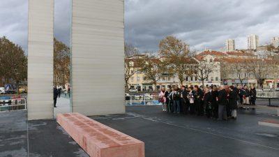 Na Mostu hrvatskih branitelja otvoreno memorijalno obilježje u spomen na poginule riječke branitelje