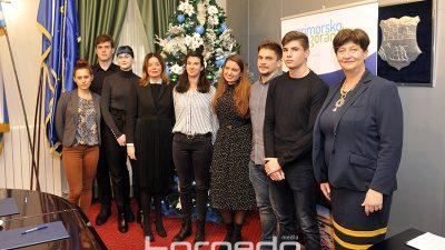 Županija potpisala ugovore s 12 novih stipendista