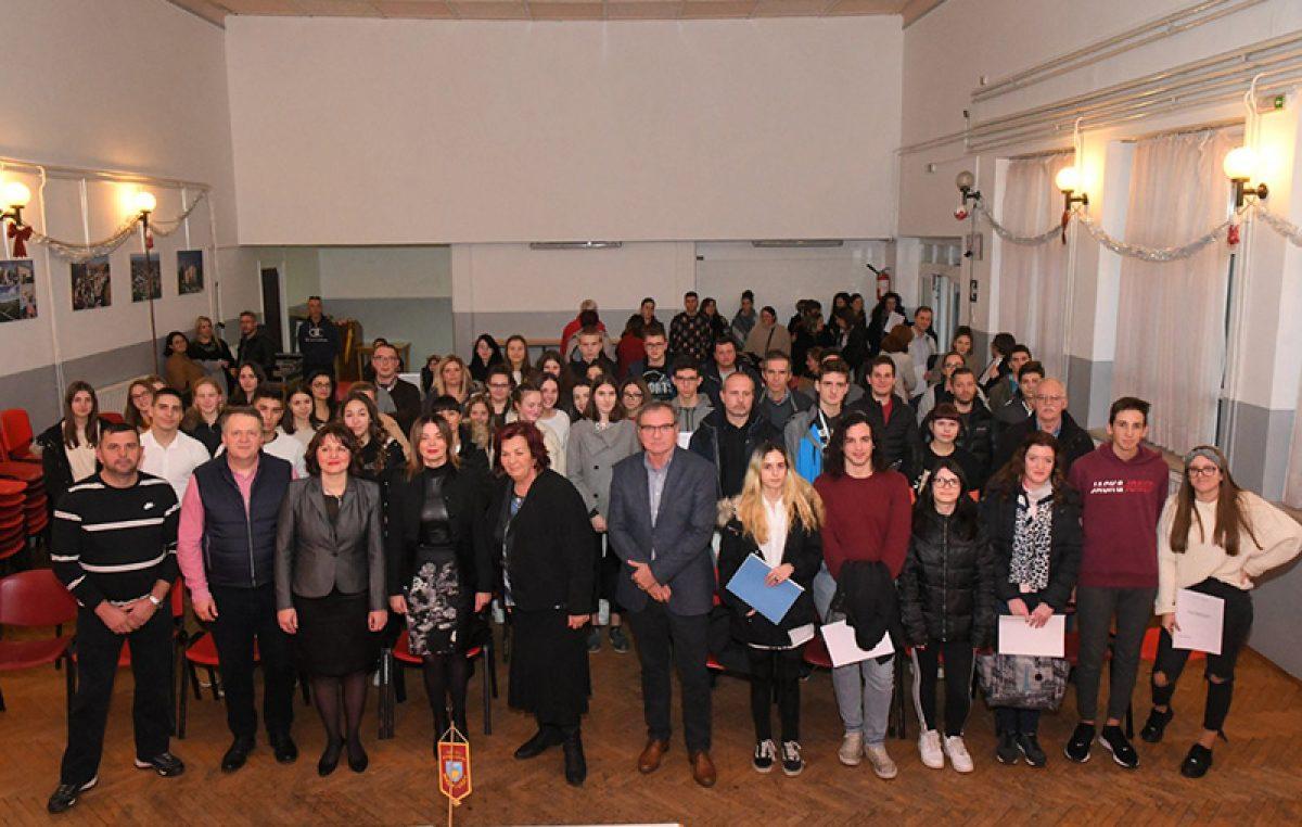 Općina Viškovo podijelila stipendije rekordnom broju učenika i studenata