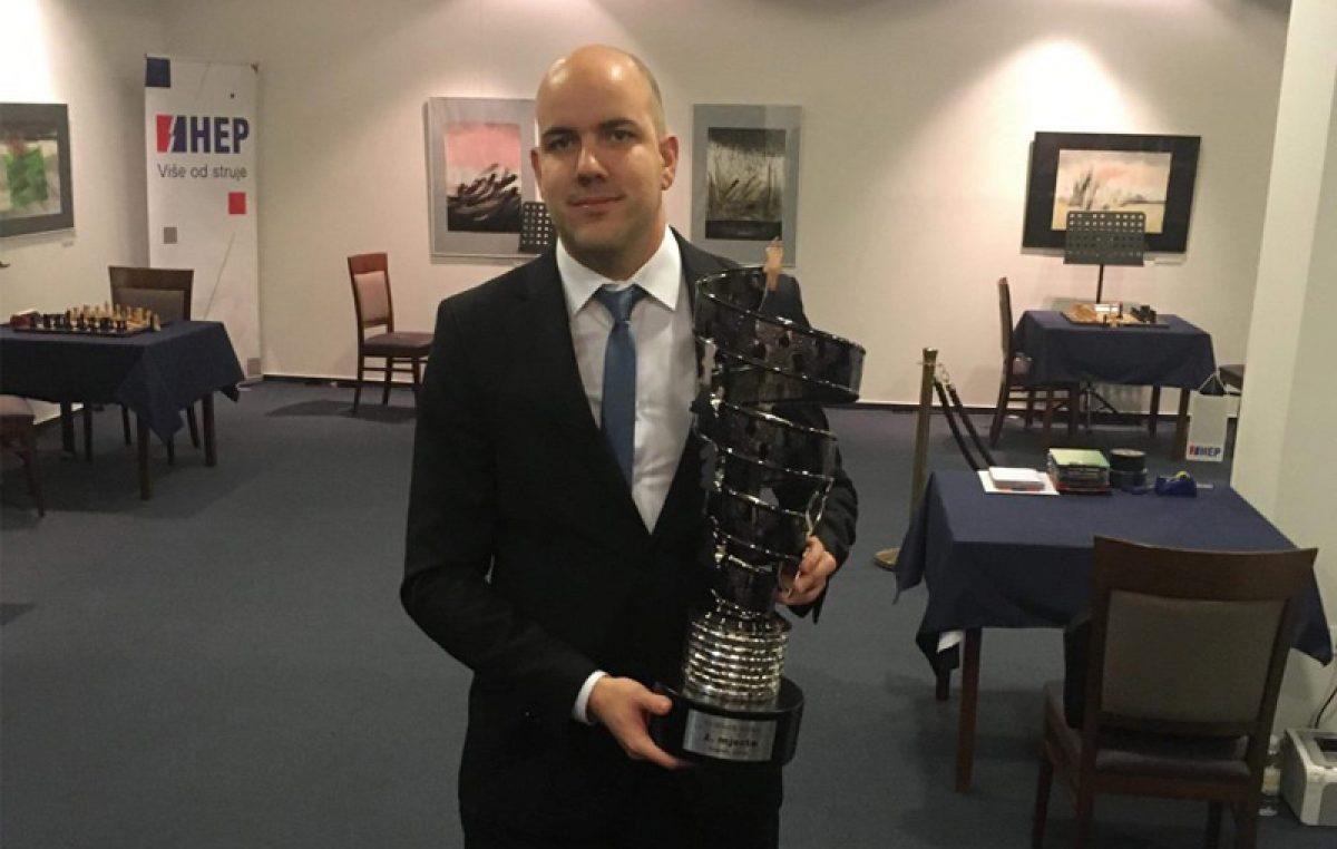 """Riječki velemajstor Marin Bosiočić drugim mjestom na """"Turniru mira"""" u Zagrebu došao na prag ulaska u top 100 igrača svijeta"""