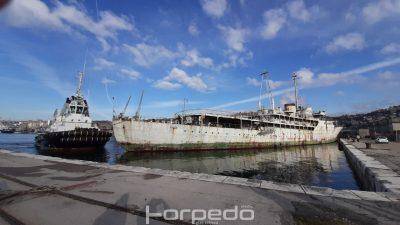 FOTO/VIDEO Tegljenje broda Galeb u brodogradilište u Kraljevicu