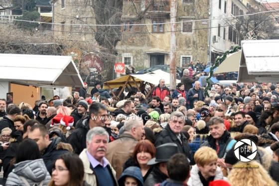 Novac s manifestacije Zadnje polne bit će usmjeren Milevi Valjak koja je izgubila kuću u požaru