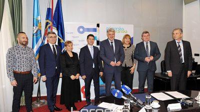 PGŽ i HŽ potpisali ugovor kojim se redovnim studentima omogućuje besplatno putovanje vlakom