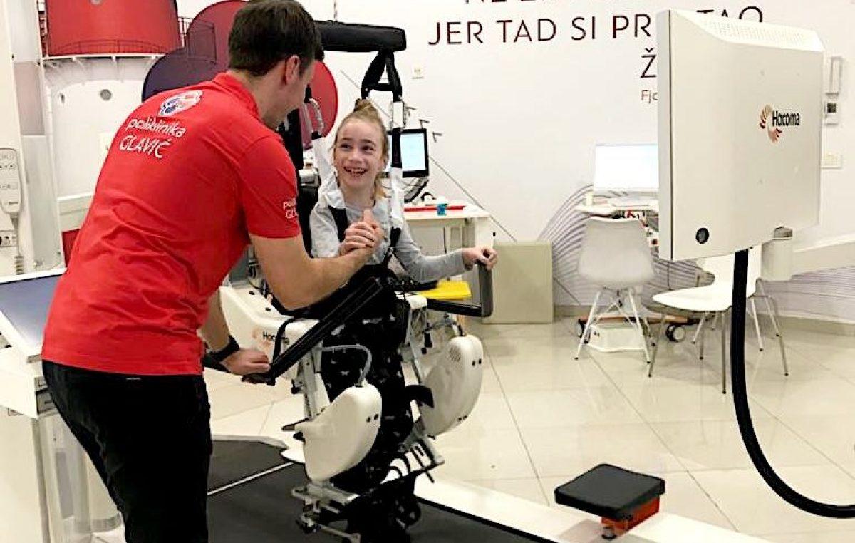 Medicinska tehnologija u službi boljeg života: Robotska neurorehabilitacija spasila malu Leonu od nepokretnosti