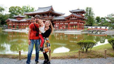 Riječka travel obitelj Karuza, popularni Kruzovi gostuju u drugom izdanju riječkog World Traveler's Bara