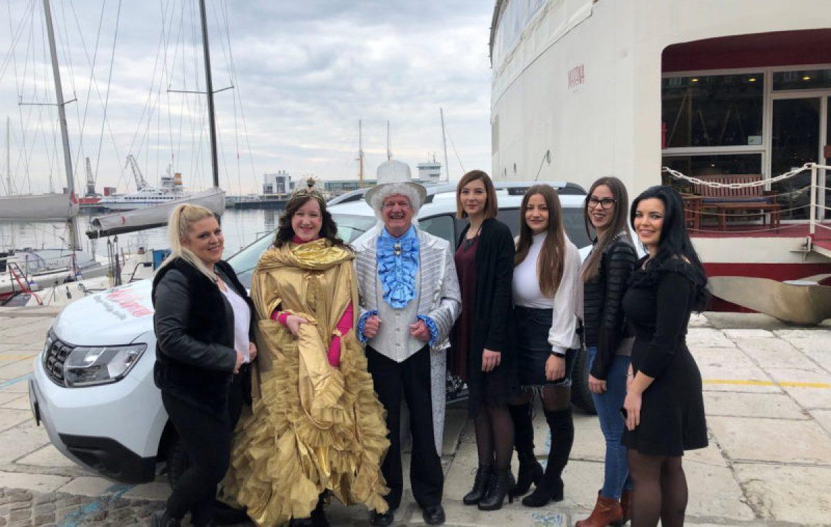 Predstavljene kandidatkinje koje će se u petak boriti za prestižnu titulu Kraljice 25. Riječkog karnevala