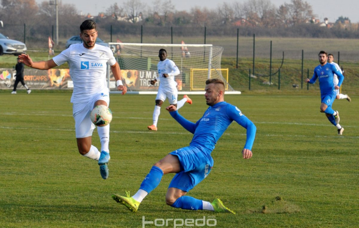 Minimalnim porazom momčad Simona Rožmana otvorila umaški ciklus pripremnih utakmica